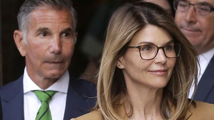 Actress Lori Loughlin, other defendants allege government misconduct in college admissions scandal