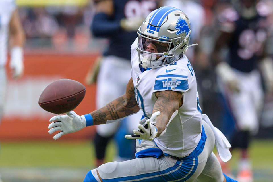 CHICAGO, IL - NOVEMBER 10: Detroit Lions Wide Receiver Kenny Golladay (19) cannot hold onto a pass in the second quarter during an NFL football game between the Detroit Lions and the Chicago Bears on November 10, 2019, at Soldier Field in Chicago, IL. (Photo by Daniel Bartel/Icon Sportswire via Getty Images)
