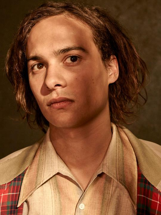 frank dillane personal life