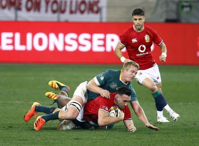 South Africa flanker Pieter-Steph du Toit has been ruled out of the third Test by a shoulder injury