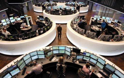 European stocks mixed: US cliff eclipses vote in Japan