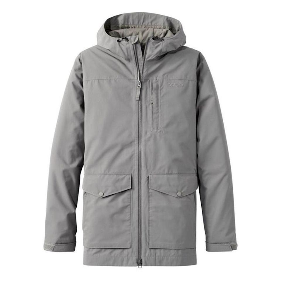 "<p><strong>men's</strong></p><p>L.L.Bean</p><p><strong>$189.00</strong></p><p><a href=""https://go.redirectingat.com?id=74968X1596630&url=https%3A%2F%2Fwww.llbean.com%2Fllb%2Fshop%2F123742%3Fpage%3Dmen-s-h2off-rain-jacket%26bc%3D12-26-593%26feat%3D593-GN1%26csp%3Df%26attrValue_0%3DNautical%2BNavy%26pos%3D12&sref=https%3A%2F%2Fwww.menshealth.com%2Fstyle%2Fg32904980%2Fbest-rain-jackets-for-men%2F"" rel=""nofollow noopener"" target=""_blank"" data-ylk=""slk:BUY IT HERE"" class=""link rapid-noclick-resp"">BUY IT HERE</a></p><p>L.L.Bean makes products for durable, long-lasting wear, and this jacket will serve you for many rainstorms to come. It works as a shell for warmer days but you can also layer with a midlayer when needed. </p>"
