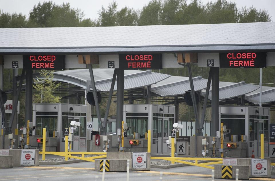"""<span class=""""caption"""">Part of Canada's land border with the United States is closed at the Peace Arch border crossing in Surrey, B.C. on April 28, 2020. </span> <span class=""""attribution""""><span class=""""source"""">(THE CANADIAN PRESS/Jonathan Hayward)</span></span>"""