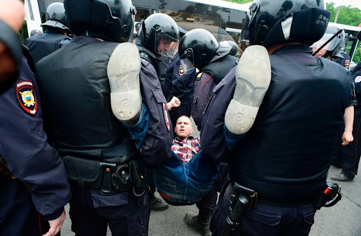 """""""About 121 people were detained in Moscow up to this point. In Saint-Petersburg - 137,"""" OVD-Info group, which operates a detention hotline, wrote on Twitter."""
