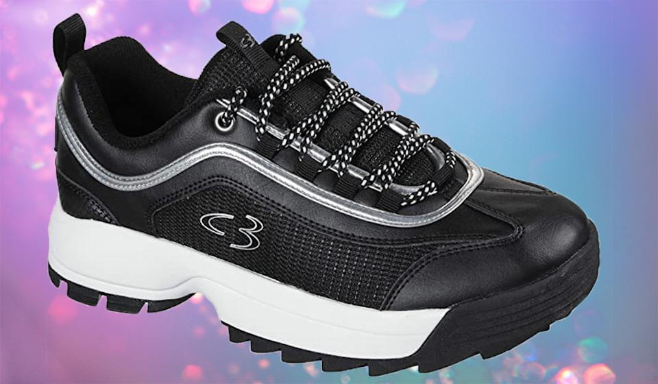Style and comfort, at $14 off.  (Photo: Amazon)