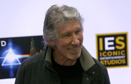 Roger Waters vows to play 'celebratory gig' on USA border to Mexico
