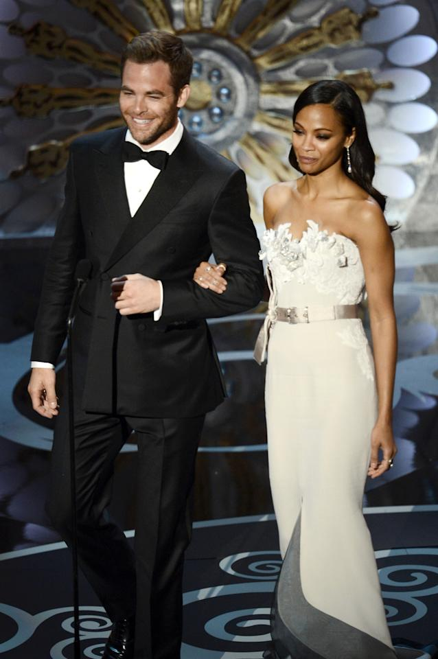HOLLYWOOD, CA - FEBRUARY 24:  Actor Chris Pine and actress Zoe Saldana present onstage during the Oscars held at the Dolby Theatre on February 24, 2013 in Hollywood, California.  (Photo by Kevin Winter/Getty Images)