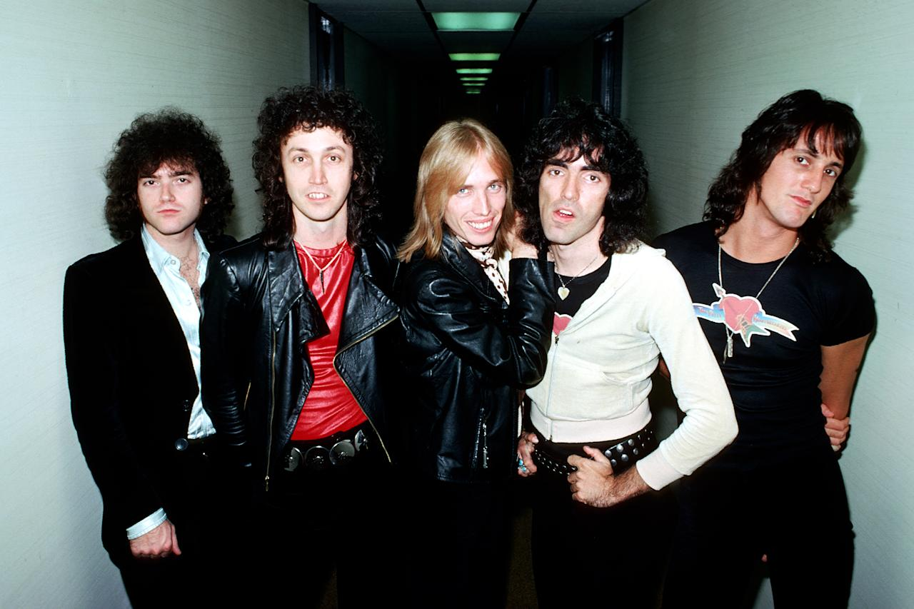 <p>Tom Petty and the Heartbreakers, ca. late 1970s. (Photo: Michael Ochs Archives/Getty Images) </p>