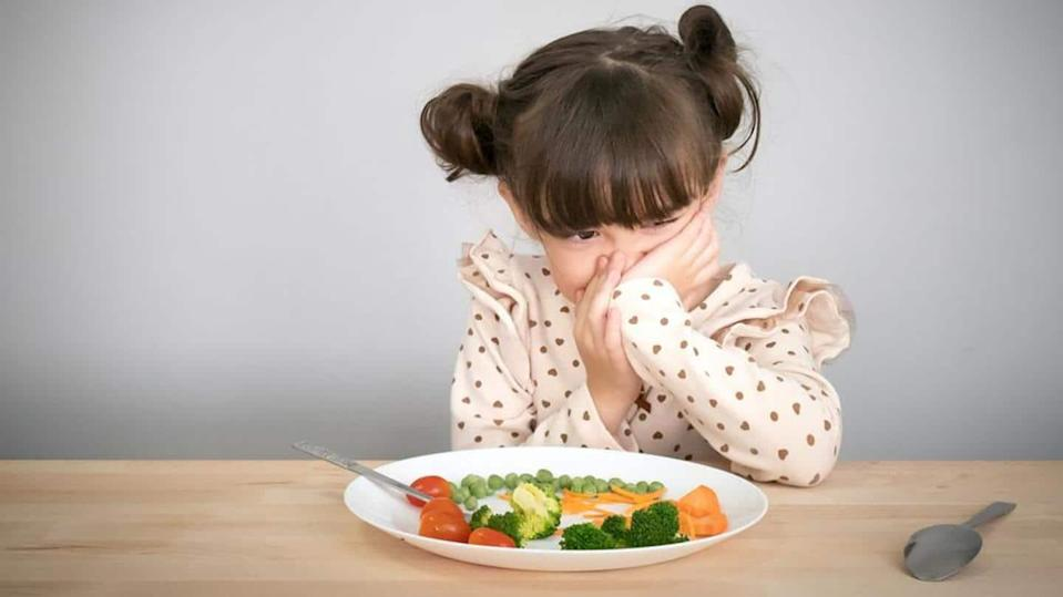 Useful tips to ensure your little one eats fairly well
