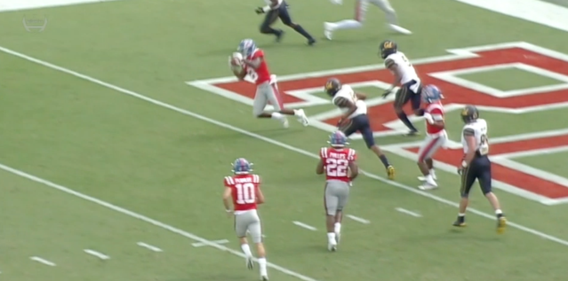 Was this a TD? It was ruled short of the end zone. (via ESPNU)