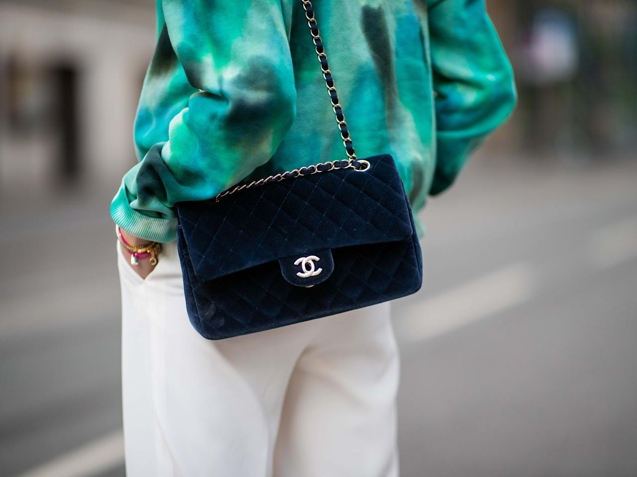 <p>When looking for investment pieces that will truly work hard for years to come, you can't get much more classic and versatile than the shoulder bag. So, if you're looking to update your accessory arsenal but don't want to waste your money on passing trends, we have rounded up 20 stylish shoulder bags that will instantly transform your look, but won't feel dated anytime soon.<br></p><p>Scroll through to shop our edit, where we have included the classics, including the extremely popular Prada Re-edition shoulder bag, as well as the playful twists on cult styles, such as the pastel version of Gucci's timeless Marmont bag. </p><p>Whether small and compact, and therefore perfect for the evening, or something big enough to work all day long, there are plenty of shoulder bags to choose from, whatever your style.</p>