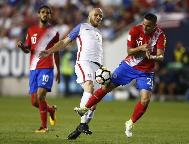"<a class=""link rapid-noclick-resp"" href=""/soccer/players/michael-bradley"" data-ylk=""slk:Michael Bradley"">Michael Bradley</a> (4) and the USMNT aren't panicking over Friday's loss to Costa Rica. (Getty)"