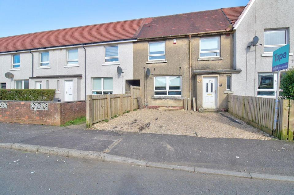 """<p>On the market for just £80,000, this terraced house is a real steal. It might need a refresh throughout, but it has heaps of potential. Inside, you'll find an entrance hallway, a spacious lounge, kitchen, three double <a href=""""https://www.housebeautiful.com/uk/decorate/bedroom/g28786488/instagram-bedroom/"""" rel=""""nofollow noopener"""" target=""""_blank"""" data-ylk=""""slk:bedrooms"""" class=""""link rapid-noclick-resp"""">bedrooms</a> and a family bathroom.</p><p><a href=""""https://www.zoopla.co.uk/for-sale/details/58014247/"""" rel=""""nofollow noopener"""" target=""""_blank"""" data-ylk=""""slk:This property is currently on the market for £80,000 with Yopa via Zoopla"""" class=""""link rapid-noclick-resp"""">This property is currently on the market for £80,000 with Yopa via Zoopla</a>. </p>"""