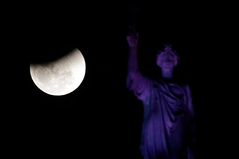 Chandra Grahan 2019: India to Witness Partial Lunar Eclipse on July 17, Here's All You Need to Know