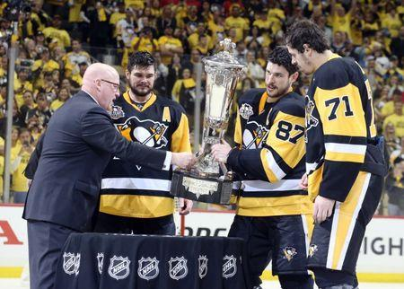 Penguins take opener on Stanley Cup Final