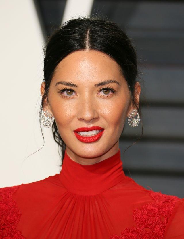 Olivia Munn and Justin Theroux will star in 'Violet' movie