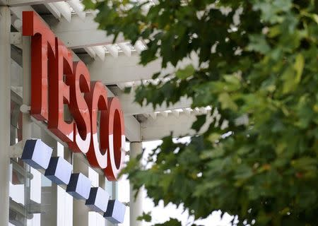 A Tesco supermarket is seen, in west London on September 30, 2008. .    REUTERS/Toby Melville/Files