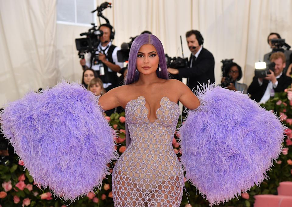 """TOPSHOT - Kylie Jenner arrives for the 2019 Met Gala at the Metropolitan Museum of Art on May 6, 2019, in New York. - The Gala raises money for the Metropolitan Museum of Arts Costume Institute. The Gala's 2019 theme is Camp: Notes on Fashion"""" inspired by Susan Sontag's 1964 essay """"Notes on Camp"""". (Photo by ANGELA WEISS / AFP)        (Photo credit should read ANGELA WEISS/AFP via Getty Images)"""