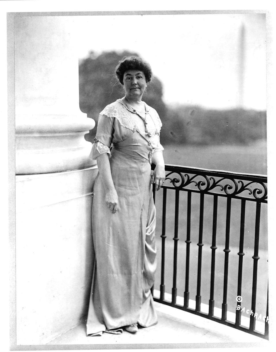 "<p>It's said that Ellen Louise Wilson spent less than <a href=""http://www.firstladies.org/biographies/firstladies.aspx?biography=28"" rel=""nofollow noopener"" target=""_blank"" data-ylk=""slk:$1,o00 a year"" class=""link rapid-noclick-resp"">$1,o00 a year</a> on outfits, which is something that would seem totally unheard of today. She often wore plain or patterned high-waisted dresses.</p>"