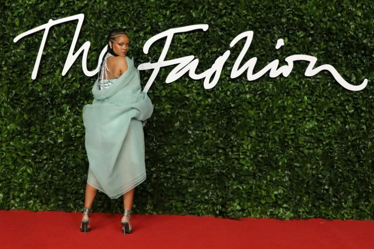 Barbadian superstar Rihanna received the 'urban luxe' award for her young label Fenty, part of the LVMH galaxy