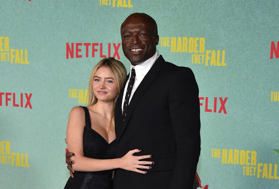 Leni Klum poses with father Seal on red carpet (AFP via Getty Images)