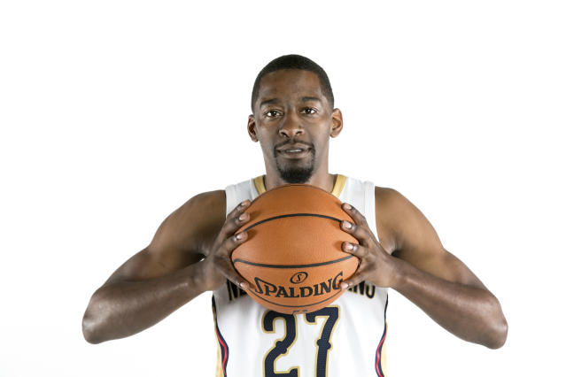 "<a class=""link rapid-noclick-resp"" href=""/nba/players/4758/"" data-ylk=""slk:Jordan Crawford"">Jordan Crawford</a> is working toward becoming a Big Baller. (AP)"