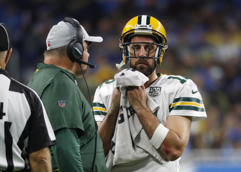 Would Aaron Rodgers have the same glowing recollection of Mike McCarthy that Brett Favre does? (AP Photo/Paul Sancya)