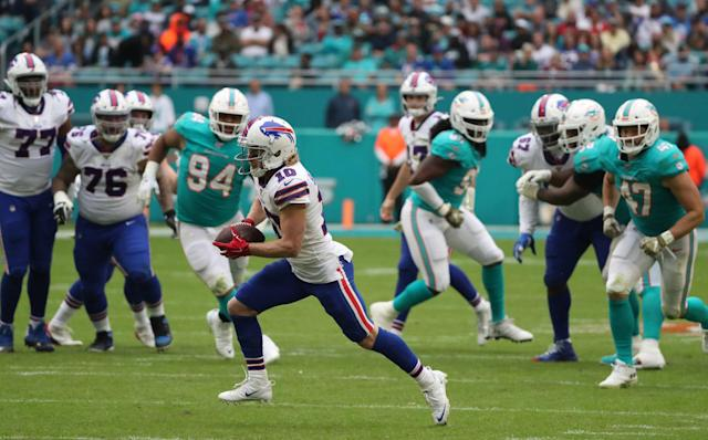 Up-tempo attack had Bills' offense rolling against Miami