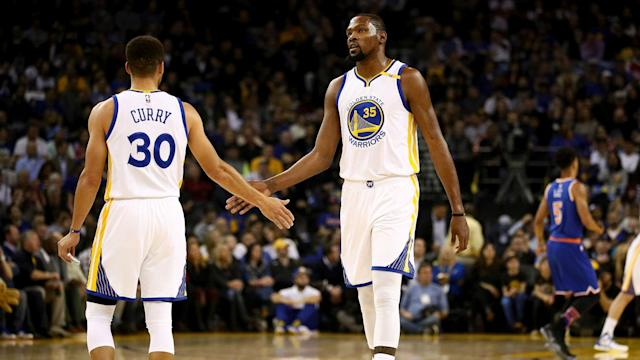 Kevin Durant will not have Stephen Curry on the court with him as he returns to the Warriors' lineup for Saturday's game vs. the Pelicans.