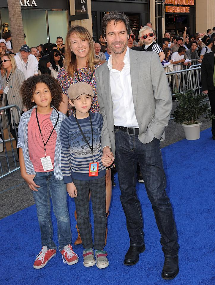 """<a href=""""http://movies.yahoo.com/movie/contributor/1800021883"""">Eric McCormack</a> and family attend the Los Angeles premiere of <a href=""""http://movies.yahoo.com/movie/1810080528/info"""">Gnomeo & Juliet</a> on January 23, 2011."""