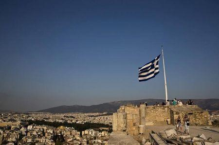 Greece deal must be reached by 15 June, says European commissioner