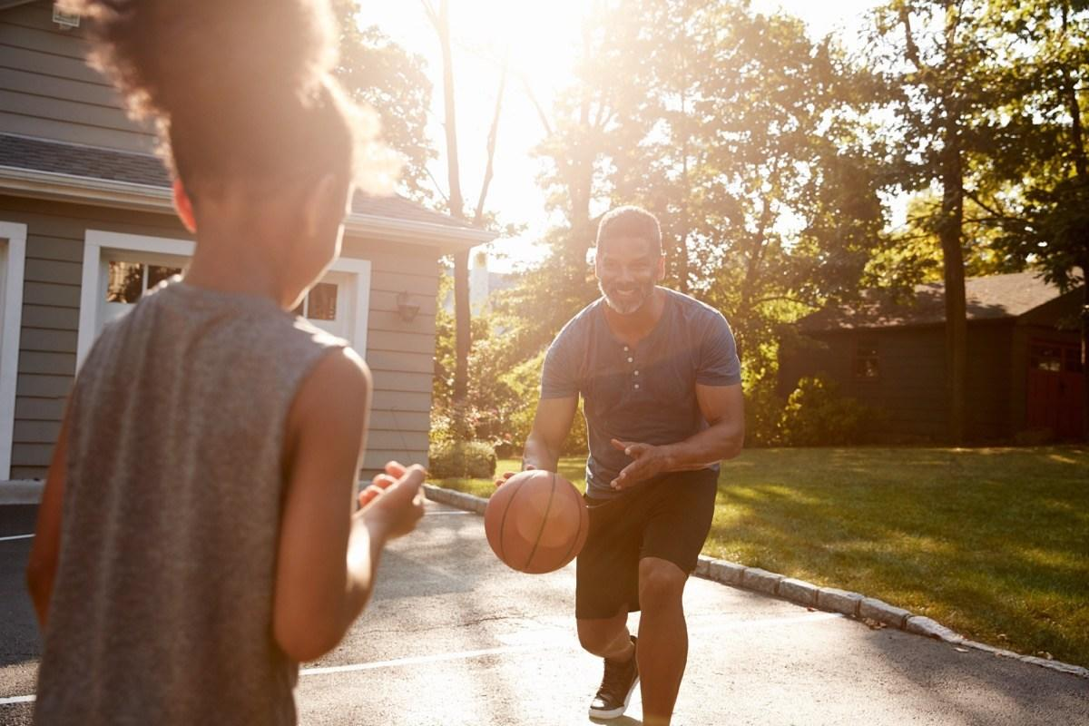 """The majority of Americans call the <a href=""""https://bestlifeonline.com/best-worst-retirement-cities/?utm_source=yahoo-news&utm_medium=feed&utm_campaign=yahoo-feed"""">suburbs</a> home—55 percent, according to the <a href=""""https://www.pewsocialtrends.org/2018/05/22/demographic-and-economic-trends-in-urban-suburban-and-rural-communities/"""" target=""""_blank"""">Pew Research Center</a>—and it's not hard to see why. Your dollar goes further than it would in a city, meeting people is easier than it is in more remote rural areas, and those meticulously-maintained neighborhoods would make anyone proud to call them home. But if you're on the fence about where to build your white picket fence, read on to discover why the 'burbs should be your final destination.      <div class=""""number-head-mod number-head-mod-standalone"""">         <h2 class=""""header-mod"""">                     <div class=""""number"""">1</div>             <div class=""""title"""">The homes are bigger.</div>                     </h2>     </div>"""