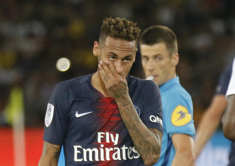 Neymar scores early goal as PSG starts season with 3-0 win 3918cd329