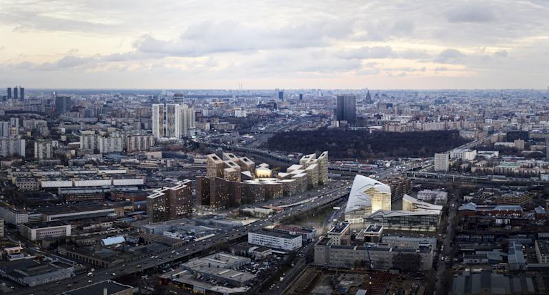 An aerial view shows how, while withdrawn from the core of Moscow, the revitalization plan will draw locals and tourists alike into an otherwise unused part of the city.