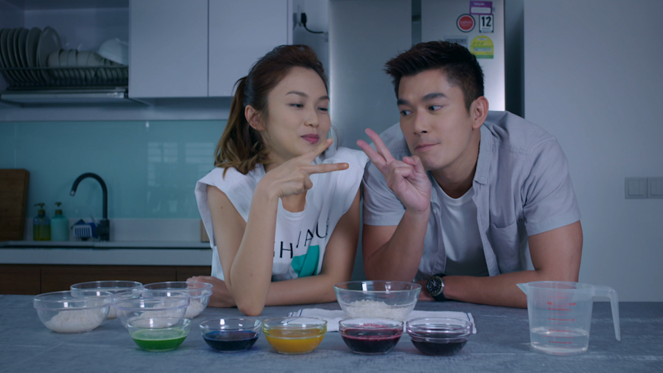 Singaporean actors Joanne Peh and Elvin Ng in Mediacorp's romance drama series Heart To Heart. (Photo: Mediacorp)