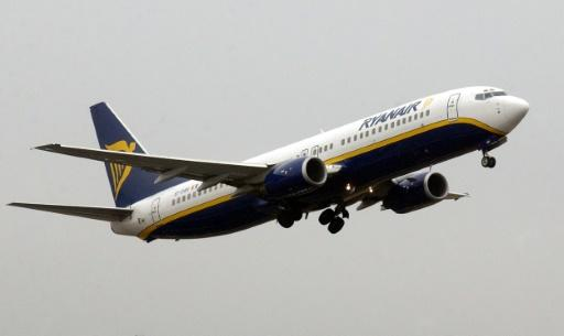 No-frills carrier Ryanair reports rising annual profits
