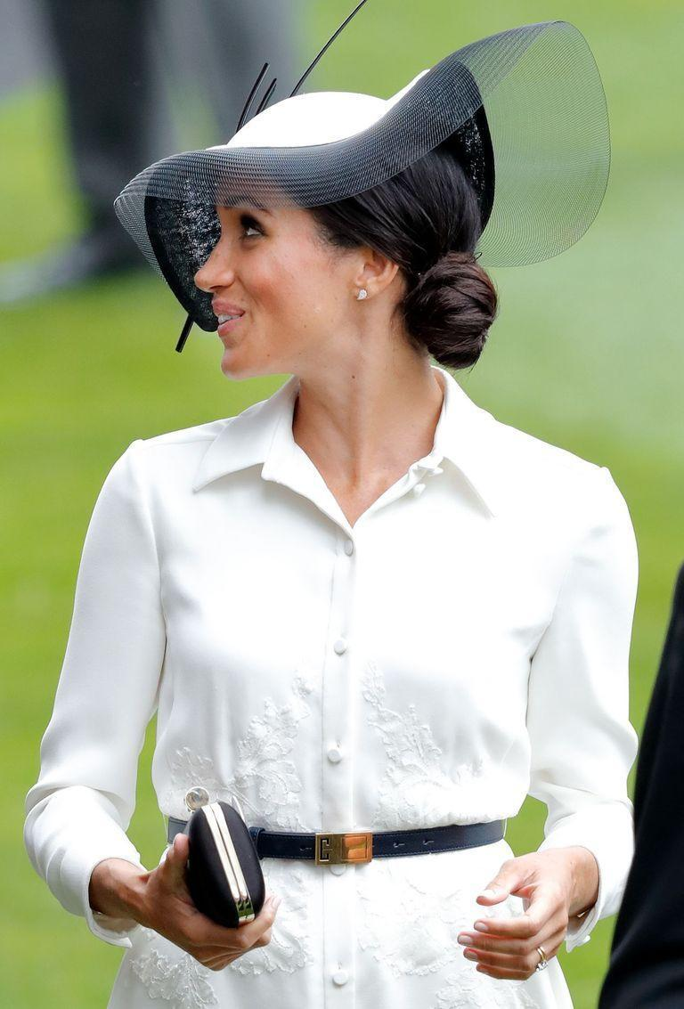<p>An elegant side bun is the perfect style to wear under a large hat or fascinator.</p>
