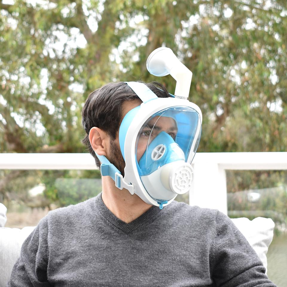 Narwall Mask founder Alex Rattray models his full-face creation, which he says offers a 99.5 percent filtration efficiency rating. (Photo: Narwall)