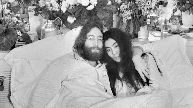 Yoko Ono Tweets Still Miss Him On Anniversary Of John Lennons Murder