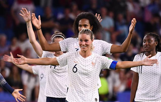 Amandine Henry (6) and France are training at Clairefontaine this week. Is that an unfair advantage over the USWNT? It remains to be seen. (Getty)
