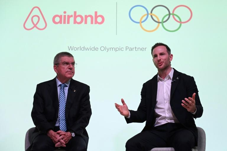 'Olympian Experiences': Thomas Bach of the IOC and Joe Gebbia of Airbnb announced a nine-year sponsorship deal (AFP Photo/Daniel LEAL-OLIVAS)
