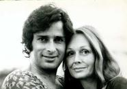 <p>A gentleman to the core, late actor Shashi Kapoor fell in love with Jennifer Kendal instantaneously, while working on a theater play together. The actor loved his wife to death and it was her unfortunate demise that took a toll on Shashi Kapoor's health and wellbeing. There was no place for anyone else in his life. He lived quite a lonely life and departed in silence. </p>