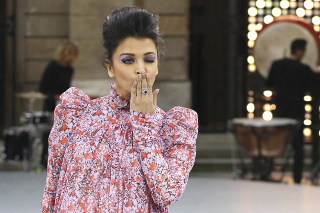 Actress Aishwarya Rai blows a kiss as she wears a creation as part of the L'Oreal Ready To Wear Spring-Summer 2020 collection, unveiled during the fashion week, in Paris, Saturday, Sept. 28, 2019. (Photo by Vianney Le Caer/Invision/AP)