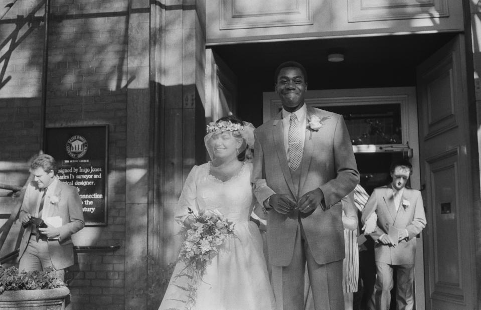 British comedians Dawn French and Lenny Henry at their wedding at St Paul's, Covent Garden, London, 21st October 1984. (Photo by Reg Burkett/Daily Express/Hulton Archive/Getty Images)