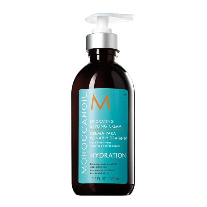"<p>Moroccan Oil Hydrating Styling Crème, $34, <a rel=""nofollow"" href=""https://www.moroccanoil.com?mbid=synd_yahoobeauty"">moroccanoil.com</a> This is great for calming flyaways and to create soft, clean texture to hair. Perfect for creating a smooth look.</p>"