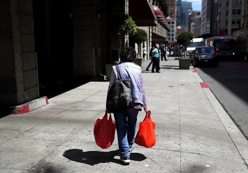 The US economy in the third quarter appears to be weaker than expected, with the producer price index flat and retail sales slowing in August with scant signs of inflation