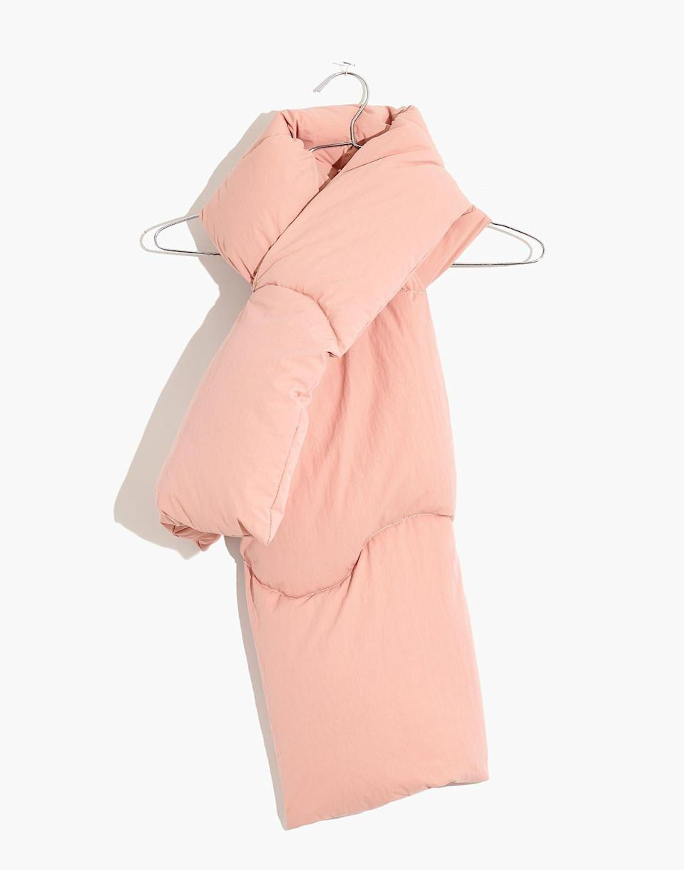 """<p><strong>Madewell x Buffy</strong></p><p>madewell.com</p><p><strong>$55.00</strong></p><p><a href=""""https://go.redirectingat.com?id=74968X1596630&url=https%3A%2F%2Fwww.madewell.com%2Fmadewell-x-buffyreg%253B-muffler-MC296.html&sref=https%3A%2F%2Fwww.housebeautiful.com%2Fshopping%2Fg34740888%2Fmadewell-buffy-cozy-wearable-collection%2F"""" rel=""""nofollow noopener"""" target=""""_blank"""" data-ylk=""""slk:BUY NOW"""" class=""""link rapid-noclick-resp"""">BUY NOW </a></p><p>Waring this super fluffy scarf will feel like you're wrapped up in a cloud. </p>"""