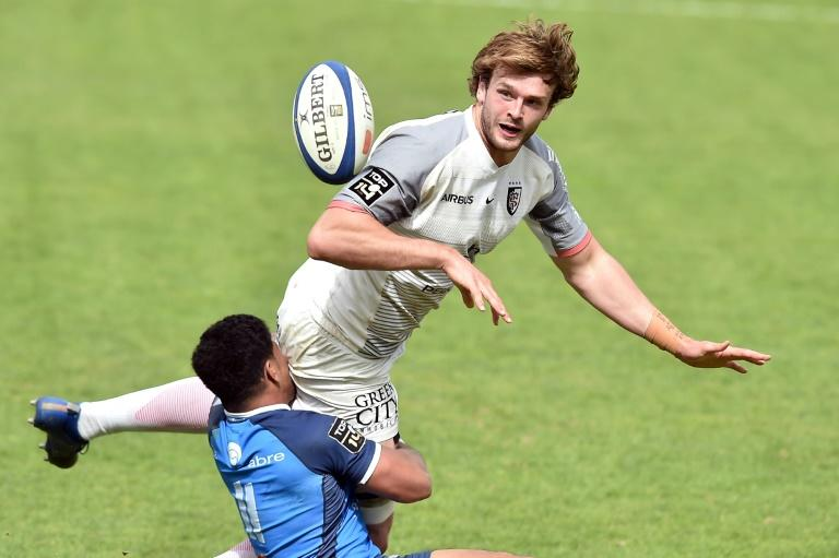 Richie Gray is to return to his first club Glasgow Warriors in a high profile first signing by future coach Danny Wilson