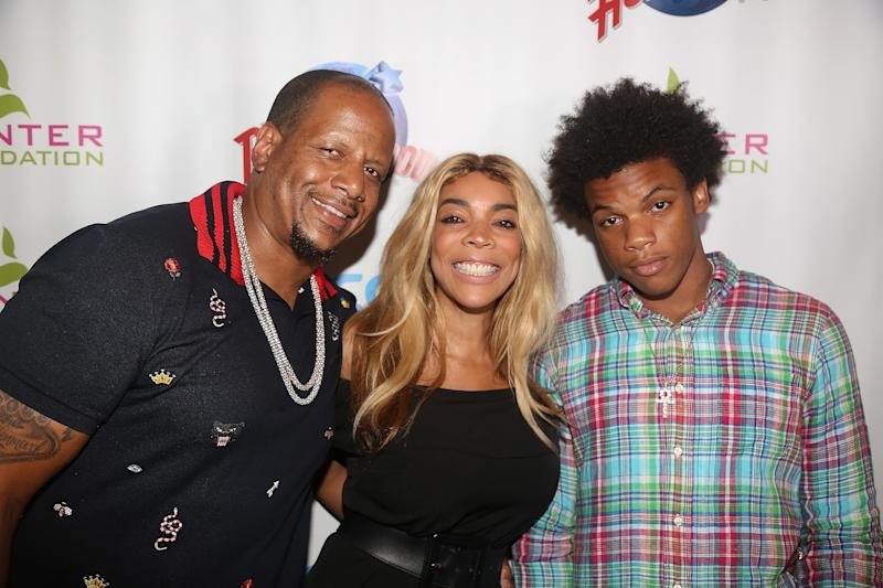 NEW YORK, NY - JULY 11: (EXCLUSIVE COVERAGE)(L-R) Kevin Hunter, wife Wendy Williams and son Kevin Hunter Jr pose at a celebration for The Hunter Foundation Charity that helps fund programs for families and youth communities in need of help and guidance at Planet Hollywood Times Square on July 11, 2017 in New York City. (Photo by Bruce Glikas/Bruce Glikas/Getty Images)