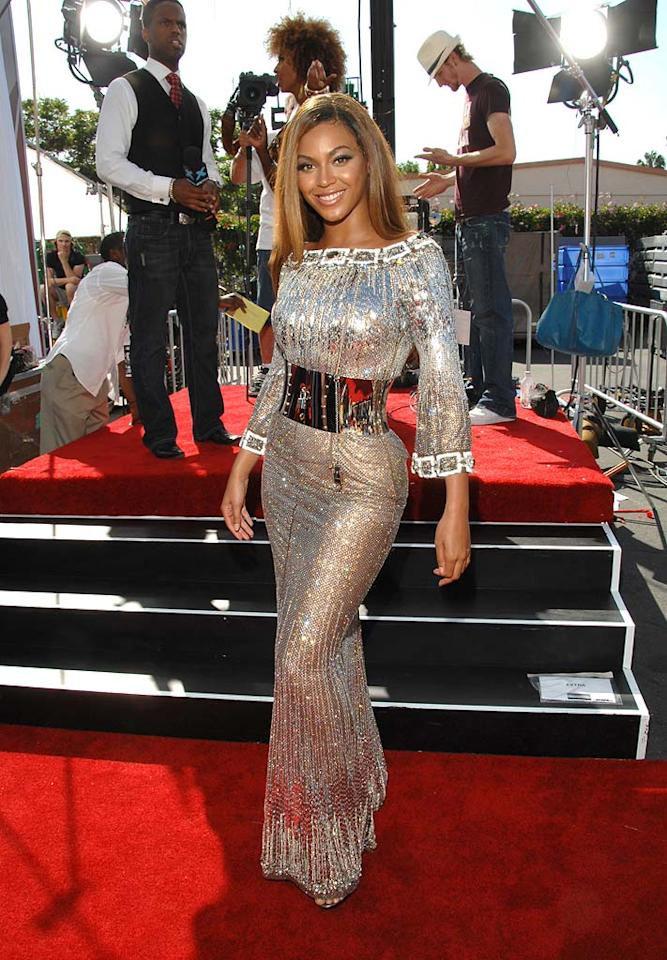 """2. Beyonce Knowles. She's bootylicious, dates the powerful Jay-Z, and is one of the hottest R&B stars in music today. Enough said! Lester Cohen/<a href=""""http://www.wireimage.com"""" target=""""new"""">WireImage.com</a> - June 26, 2007"""
